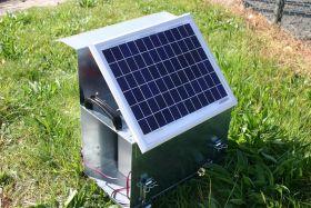 Solar bracket for carry case